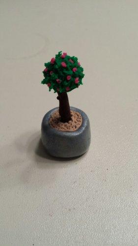 Dollhouse Miniature Clay Topiary Tree