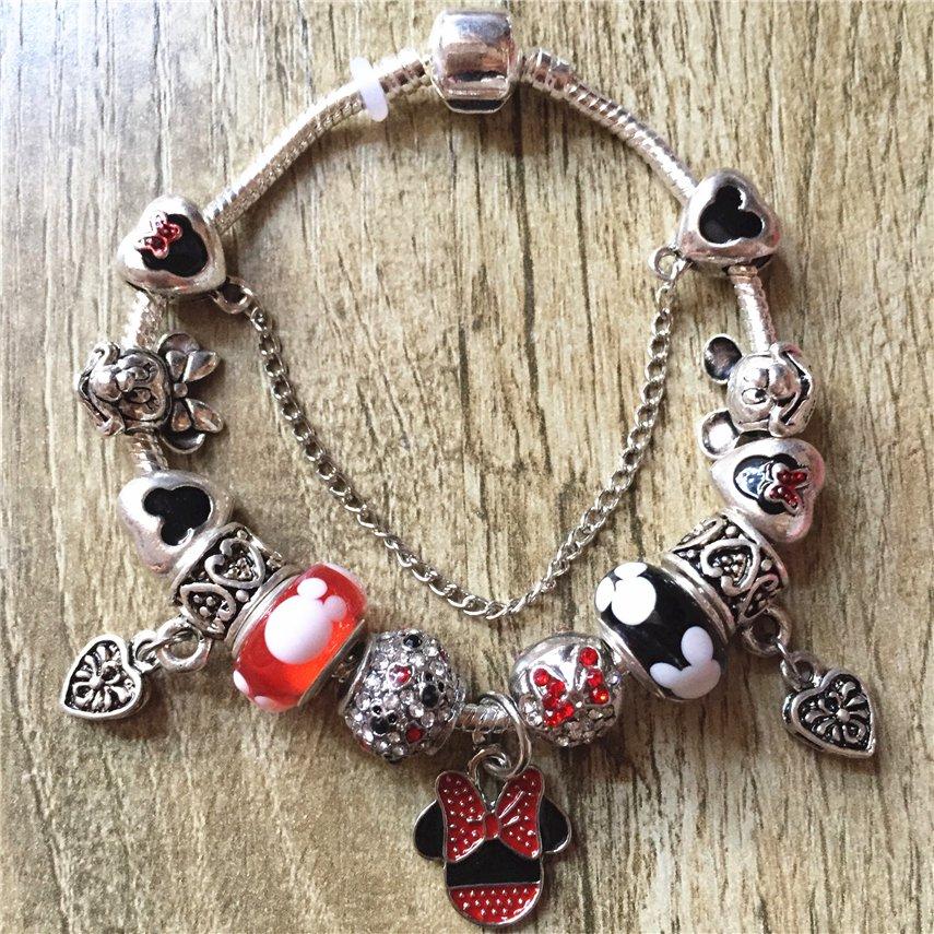 Mickey Mouse Charm Bracelet: Minnie Mouse Cartoon Disney Charm Bracelet With Charms