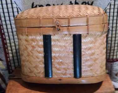 Vintage Wicker Chest Basket with Lid Home Decor picnic storage retro deco tote