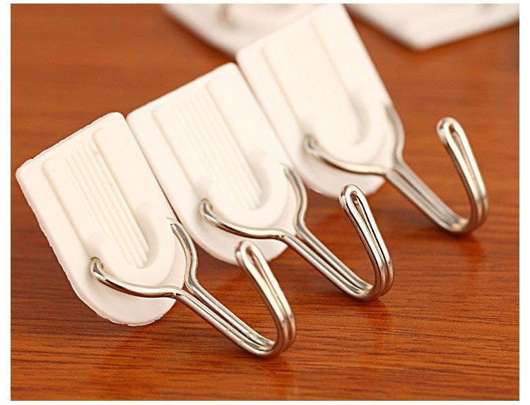 6 Pcs Adhesive Plastic Hook MAX 1.5Kg White Family Wall Hanger