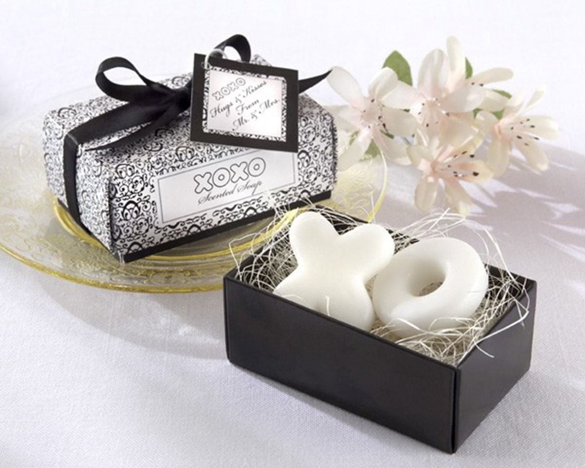 Creative Wedding Favors Bridal Party Gift Mini Scented Shower Bath XO Shape Soap Handmade DB