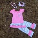 Girls size 4 pink and gray chevron print 4 pc capri set pants, top, necklace and headband C1299