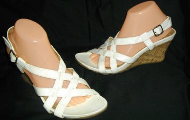 Kenneth Cole Reaction White 10 B 10B Sandals High Heel Man Made Cork Wedge Shoes