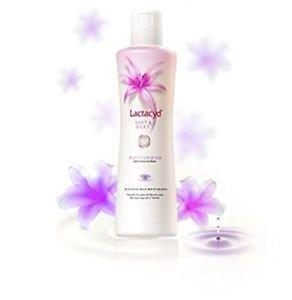 2 x Lactacyd Soft and Silky Moisturizing Daily Feminine Wash