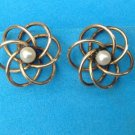 VINTAGE GOLD FILL REAL PEARL SCREW ON EARRINGS - 3D DESIGN