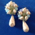 VINTAGE LIGHT WEIGHT BLUES WHITES & GREENS BEADED PIERCED DANGLE PEARL EARRINGS