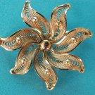 BEAUTIFUL GOLD FILIGREE SWIRLING STAR DESIGN PIN