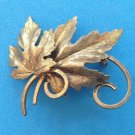 """VINTAGE TEXTURED GOLD TONE 2 LEAVES WITH SWIRLS PIN 1 3/4"""" X 1 1/2"""""""