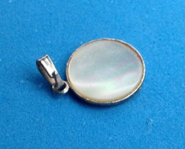 "PRETTY LITTLE 5/8"" IN DIAMETER MOTHER OF PEARL MOP IN SILVER  PENDANT / CHARM"