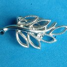 VINTAGE CUT OUT SILVER TONE METAL LEAF DESIGN CLIP ON EARRINGS