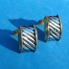 "CLASSIC GOLD TONE & SILVER TONE CLIP ON EARRINGS 3/4"" x 5/8"". VERY NICE!"