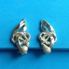 """VINTAGE """"STAR"""" GOLD TONE 1 1/8"""" X 5/8"""" CLIP ON EARRINGS"""