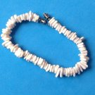 "VINTAGE 7 1/2"" X @3/8"" PUCCA SHELL BRACELET. VERY GOOD CONDITION !"