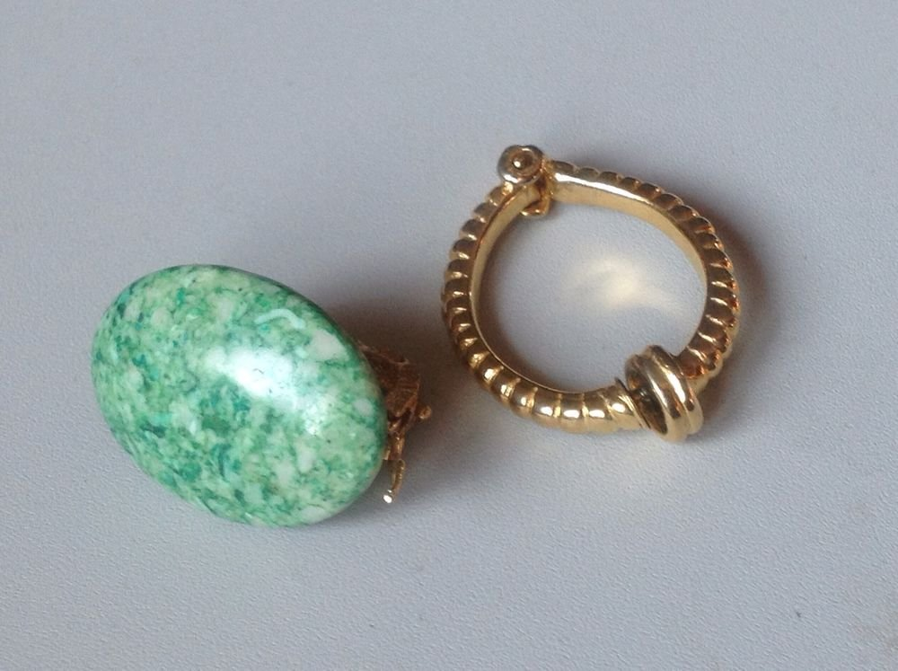 Scarf clips, lot of 2 - one gold tone, one green stone.
