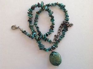 Chunk turquoise center dangle choker necklace.