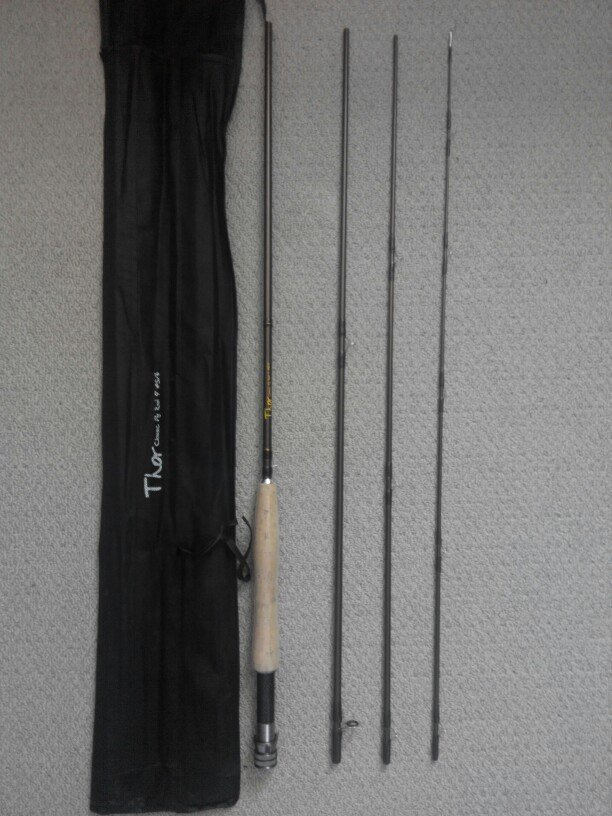 9FT Carbon Fly Fishing Rod 4 Sections