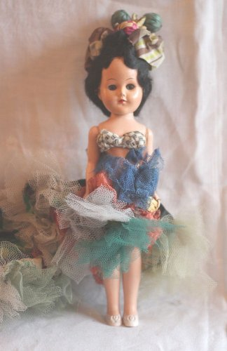 009 Very Old  Vintage Carmen Miranda or Before Brazilian Dressed  Doll