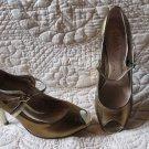 New Amazingly Hot Gorgeous Charles David Multi Metallic Peak Toe Heels Size 8.5
