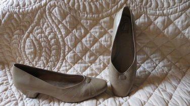NEW Joyce Light Brown Women's Shoes Size 10 M
