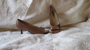 Via Spiga Tan All Leather Peek Toe Open Shoes Size 8 M