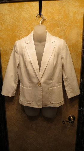 New with Tags Talbots Winter White Blazer Jacket  Size 10 Petite