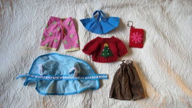 Lot Of 6 Doll Accessories Consisting Of 5 Pieces Of Clothes And One Key Chain