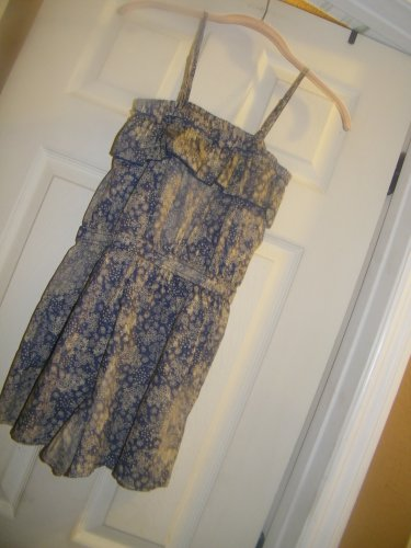 NEW JUNIORS MOSSIMO SUPPY CO FLORAL SHORTALL XS