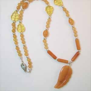 Handmade Red Aventurine Necklace with Leaf Pendant (JE43)