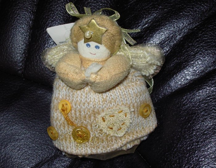 ANGEL CHRISTMAS ORNAMENT NATURE SINGS CREATED BY CHERYL ANN JOHNSON NEW WITH TAGS GUND RETIRED