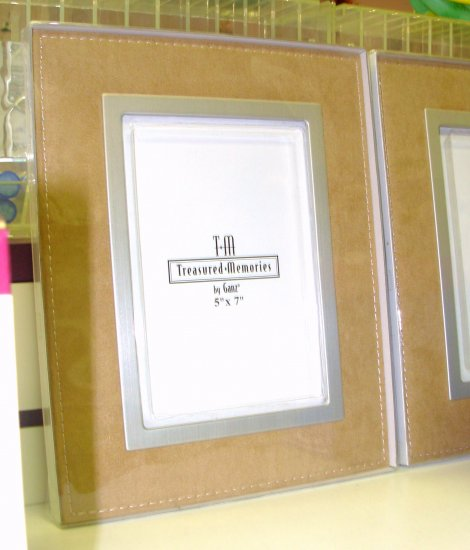 PICTURE FRAME FAUX SUEDE TAN BRUSHED METAL HOLDS 5X7 PICTURE NEW GANZ