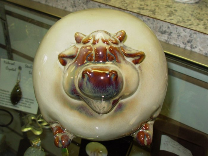 VERY FAT CERAMIC COW FIGURINE HOME DECOR NEW CBK