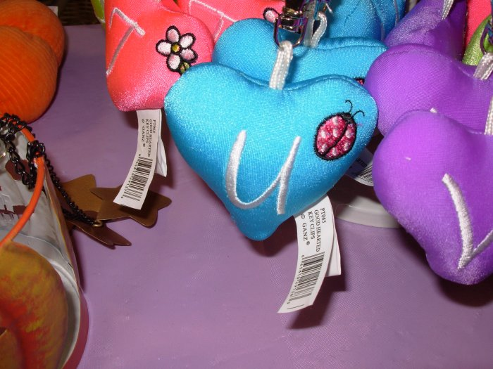 PUFFY HEART ZIP CLIP KEY CLIP WITH THE LETTER U TURQUOISE NEW GANZ