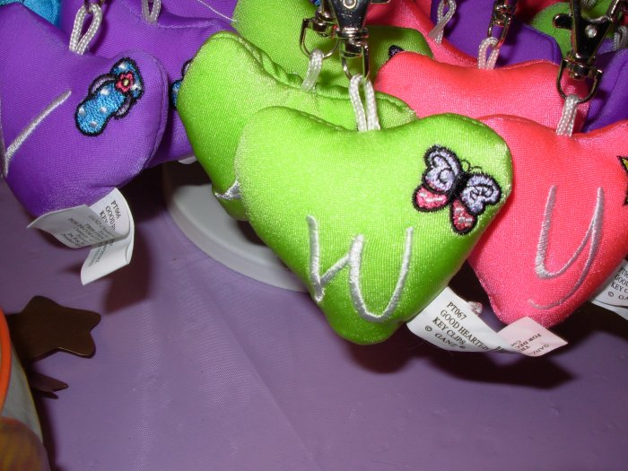 PUFFY HEART ZIP CLIP KEY CLIP WITH THE LETTER W LIME GREEN NEW GANZ