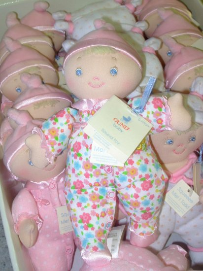 GUND I LOVE YOU BABYDOLL SOUND TOY SAYS I LOVE YOU WHEN SQUEEZED BABY SAFE NEW GUND PLUSH