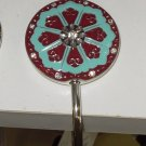 PURSE HANDBAG HANGER HOOK  A BEAUTIFUL SECURE WAY TO HANG YOUR PURSE WHEN OUT NEW GANZ