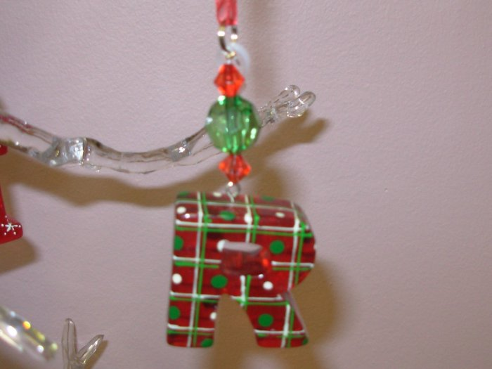 LETTER R CHRISTMAS ORNAMENT ACRYLIC ON RED GAUZE RIBBON LOOKS LIKE CANDY NEW GANZ HOLIDAY DECOR