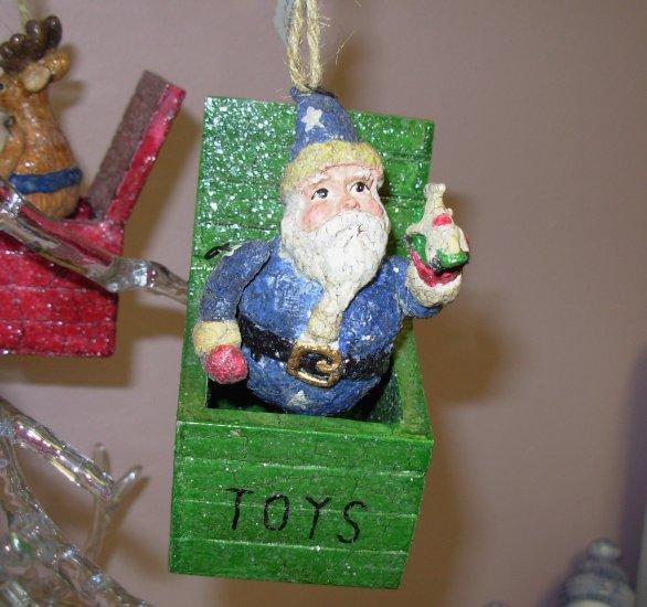 SANTA CHRISTMAS ORNAMENT NOSTALGIC TOY BOX JACK IN THE BOX NEW GANZ