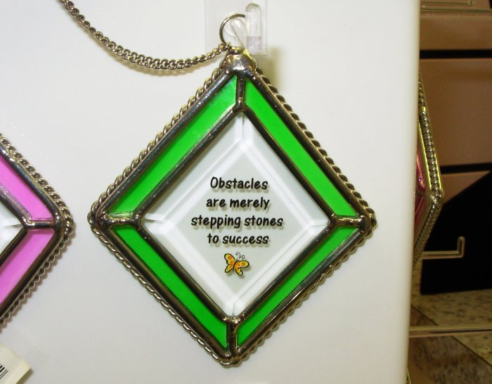 OBSTACLES AFFIRMATION ORNAMENT SUNCATCHER NEW GANZ HOME DECOR GLASS METAL