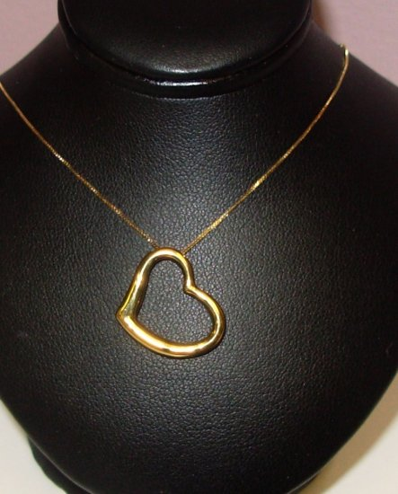 FLOATING HEART 10K YELLOW GOLD PENDANT AND CHAIN NEW