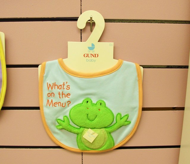 GUND BABY BIB WITH SQUEAKER LITTLE FROG SAYS WHATS ON THE MENU NEW WITH ORIGINAL TAGS