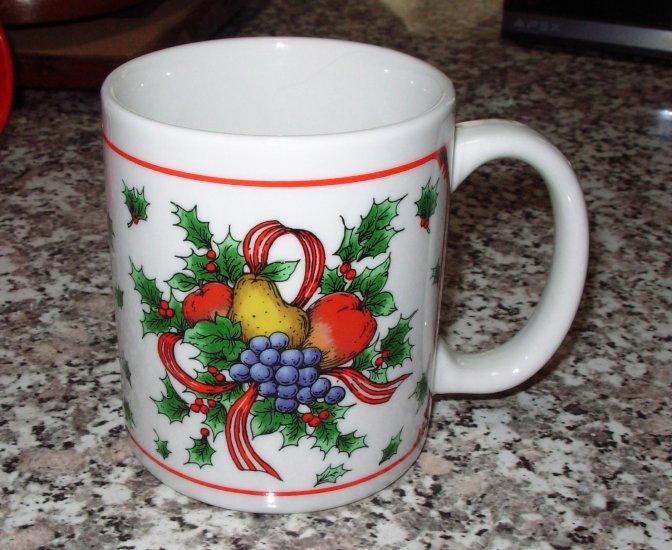 COFFEE MUG MIYAZAKI CREATE FRUITS RIBBON HOLLY CHRISTMAS HOLIDAY KITCHEN COLLECTIBLE
