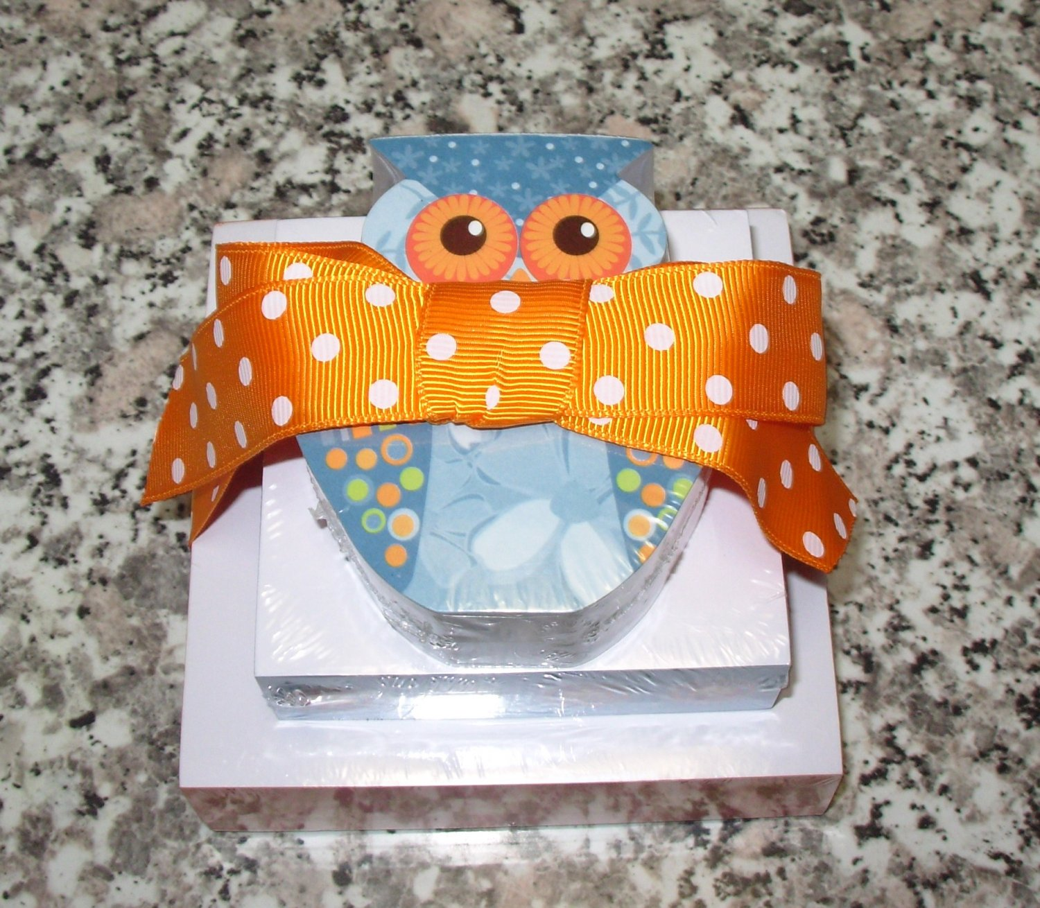 OWL MINI TRIPLE NOTE STACK STATIONERY NEW 200 SHEETS ON EACH SIZE GIFT TIED WITH POLKA DOT RIBBON