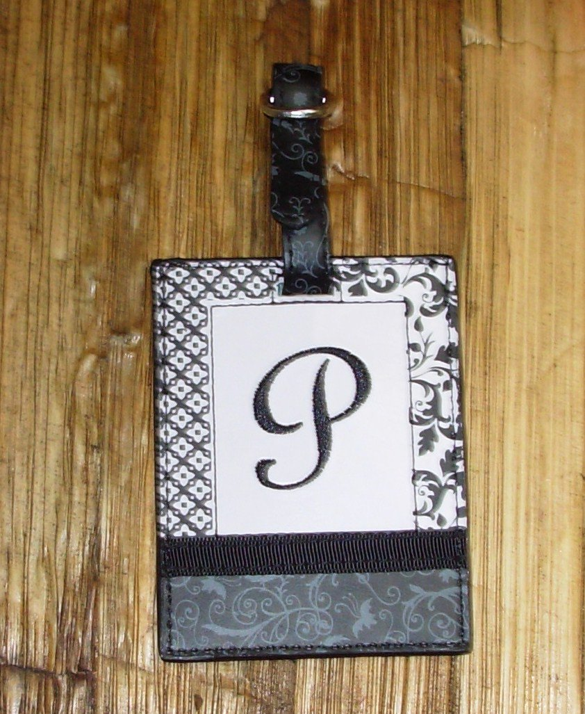 MONOGRAMED INITIAL LUGGAGE TAG LETTER P BLACK AND WHITE NEW GANZ TRAVEL TAG