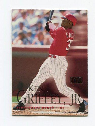 2000 Skybox Baseball #099 Ken Griffey Jr. - Cincinnati Reds