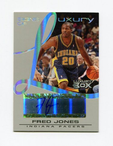 2004-05 Topps Luxury Box Signs of Luxury #FJ Fred Jones - Indiana Pacers AUTO 074/100