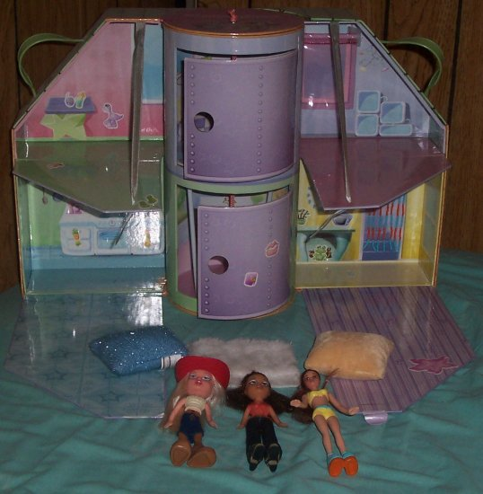 Lil Bratz Lounge and loft