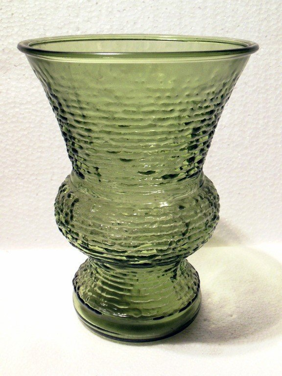 Vintage Napco Serano Pattern Glass 8 Vase In Olive Green