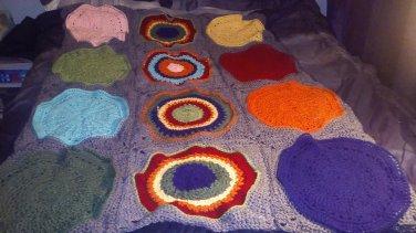 cirlce in square blanket