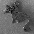 WONDERFUL vintage CHARM : ABSTRACT and/or WHIMSICAL CAT / UNMARKED SILVER 28mm