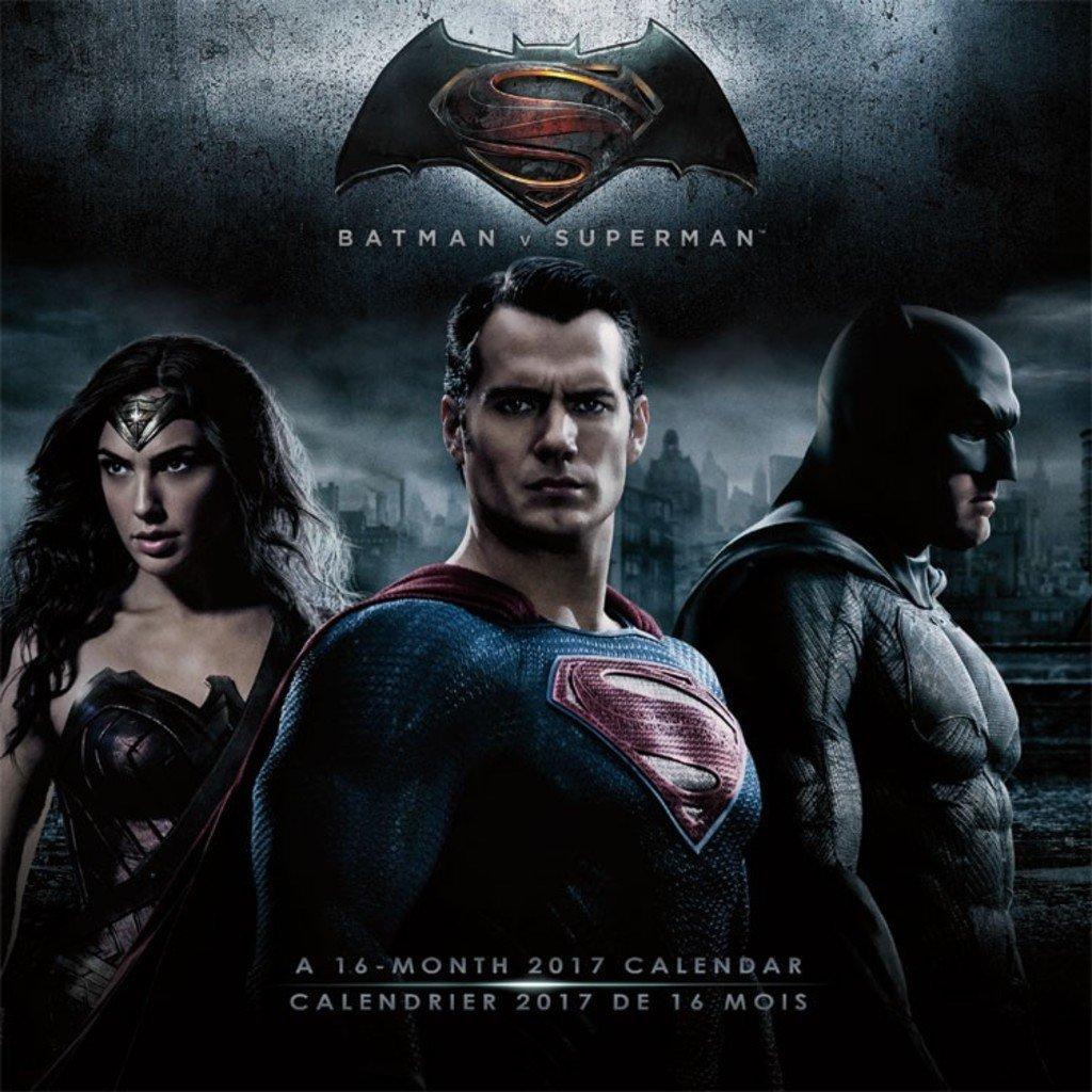 2017 Monthly Wall Calendar - BATMAN V SUPERMAN: DAWN OF JUSTICE (BILINGUAL FRE)